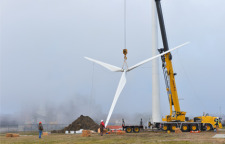 Wind turbine hoisted into place