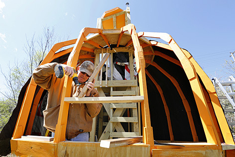 Construction of The Great Pumpkin treehouse.