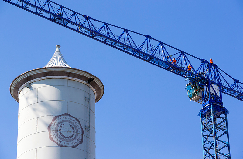 Jib on tower crane rises above Marston water tower