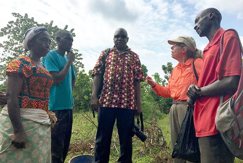 Wendy Wintersteen visits with Ugandan livestock farmers
